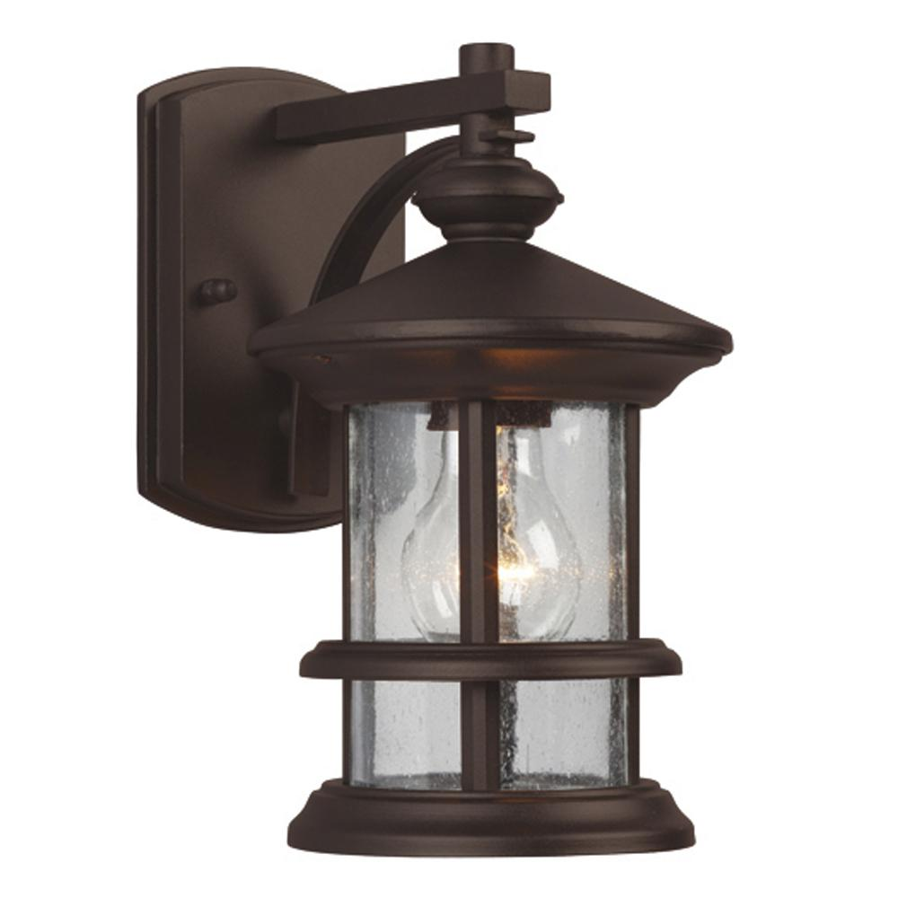 Richardson Lighting in Saskatchewan, Canada,  70HQ5, Outdoor Wall Mount Lantern - in Bronze finish with Clear Seeded Glass,